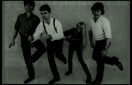 TALKING HEADS.